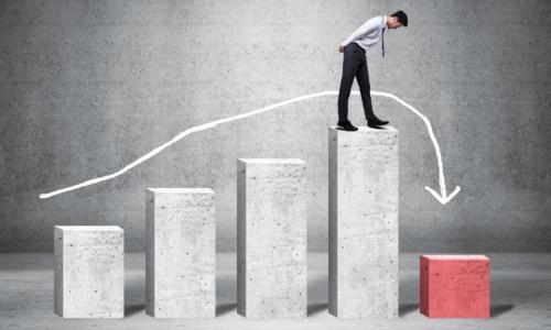 流量贵三倍、转向线下、all in抖音……,品牌该如何长出新的生命力?